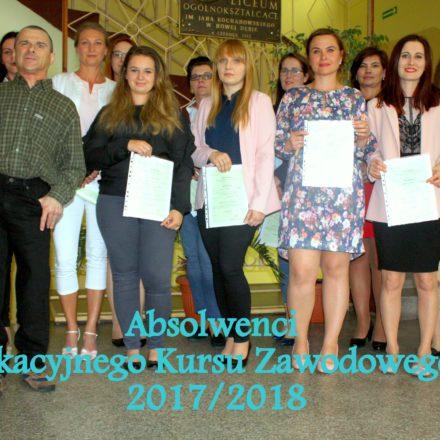 Kolejni absolwenci